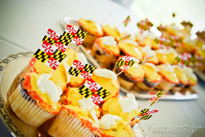 Maryland themed cupcake with Maryland flag. Cove Creek Country Club, Stevensville, Kent Island, Eastern Shore, Maryland Wedding Photographer, beach wedding photographer