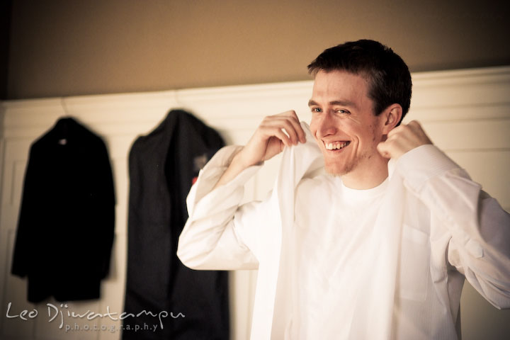 groom getting ready, getting dressed. Clifton Inn Charlottesville VA Destination Wedding Photographer