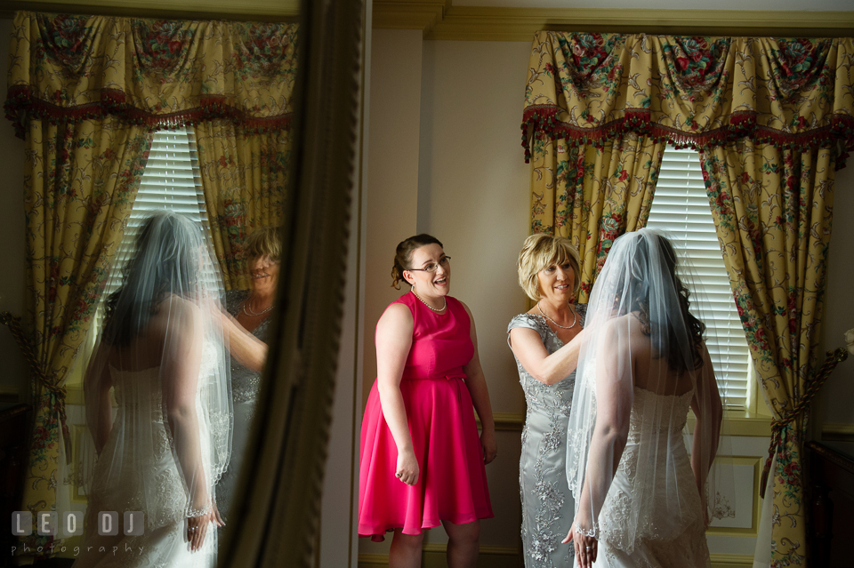 The Bride with her sister and Mother of the Bride. Aspen Wye River Conference Centers wedding at Queenstown Maryland, by wedding photographers of Leo Dj Photography. http://leodjphoto.com