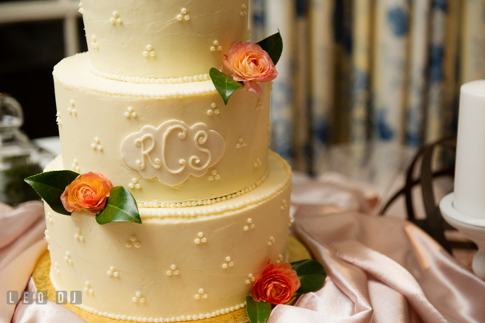 Delicious wedding cake designed by Graul's Market, Saint Michaels. The Tidewater Inn wedding, Easton, Eastern Shore, Maryland, by wedding photographers of Leo Dj Photography. http://leodjphoto.com