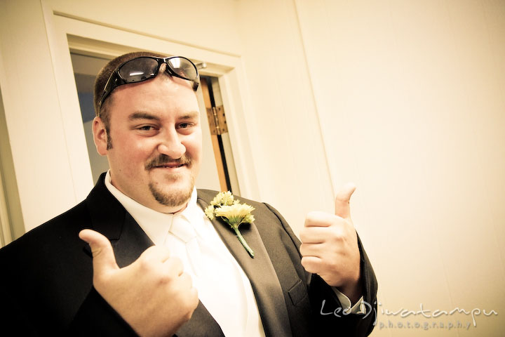 Groom ready to get married, giving two thumbs up. Kent Island Methodist Church KIUMC Wedding Photographer Maryland