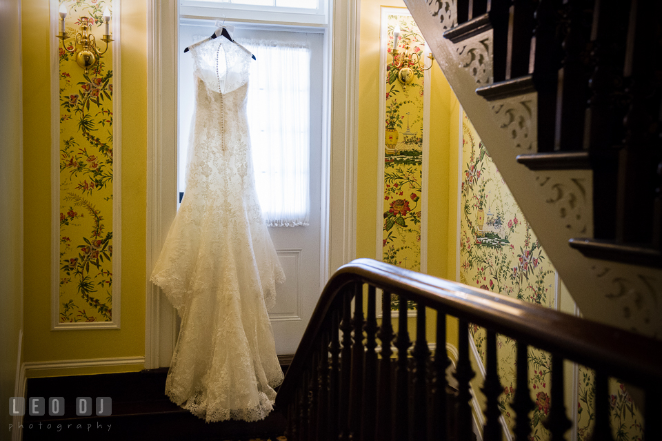 Kent Manor Inn elegant wedding dress from Bridals by Elena designed by Justin Alexander photo by Leo Dj Photography