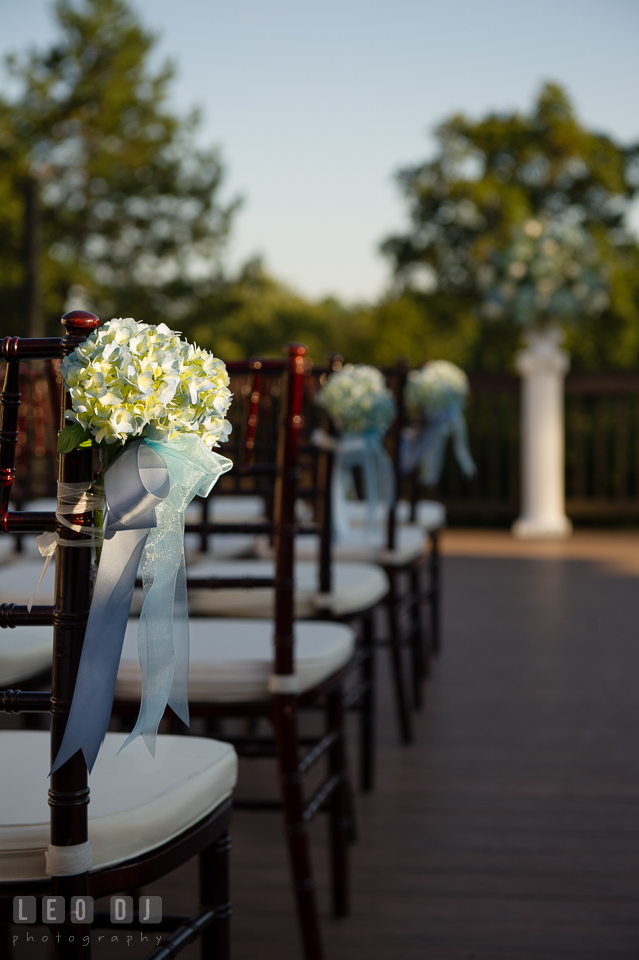 Hidden Creek Country Club flower decors for ceremony aisle photo by Leo Dj Photography