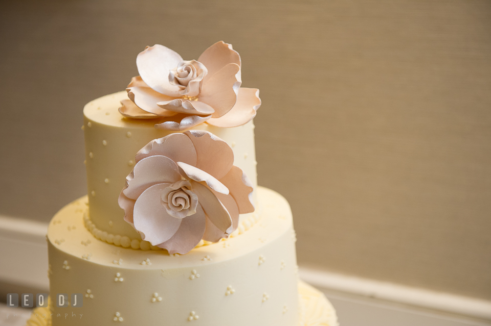 sugar bakers cakes loews annapolis hotel maryland wedding by wedding