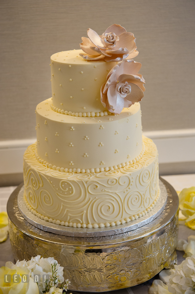 wedding cake by sugar bakers cakes loews annapolis hotel maryland