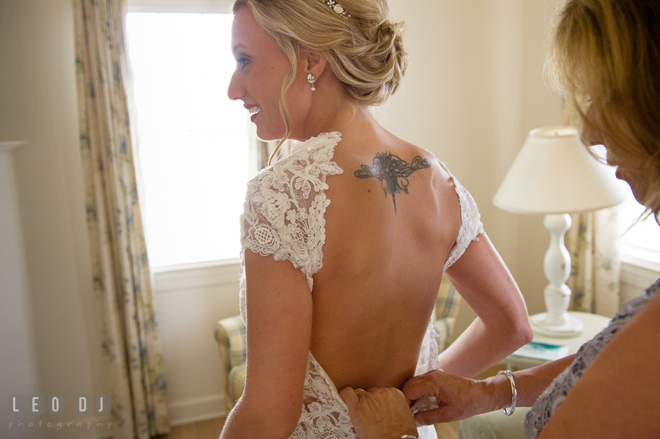 The Oaks Waterfront Inn Mother of Bride button up Bride's wedding gown photo by Leo Dj Photography