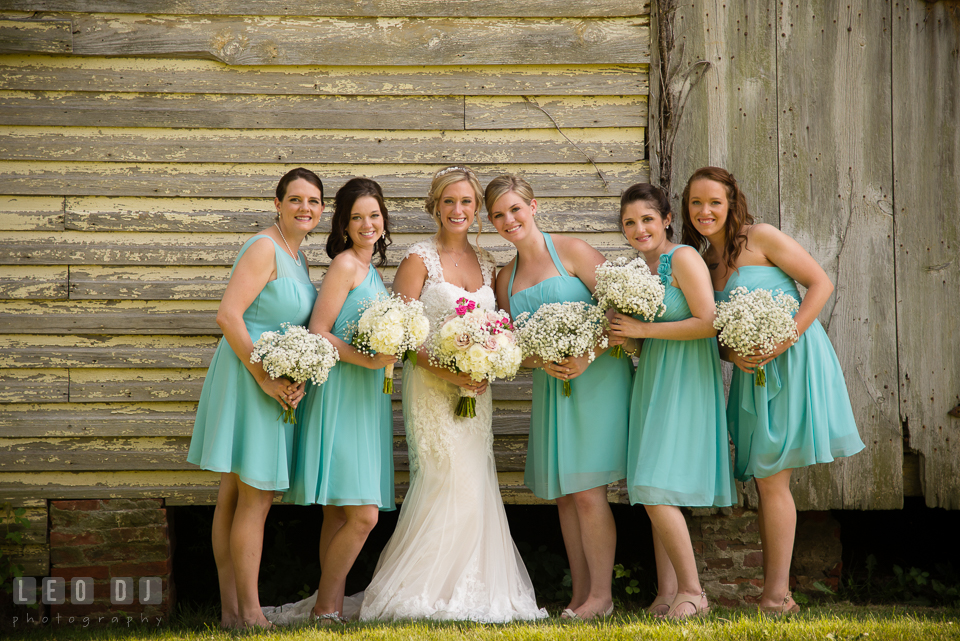 The Oaks Waterfront Inn Bride posing with Maid of Honor and Bridesmaids photo by Leo Dj Photography