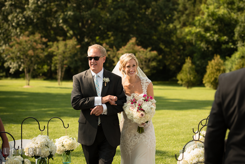 The Oaks Waterfront Inn Father of the Bride escort daughter walk down the aisle for ceremony procession photo by Leo Dj Photography