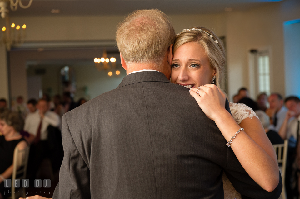 The Oaks Waterfront Inn Bride shed tear during parent dance with Father photo by Leo Dj Photography