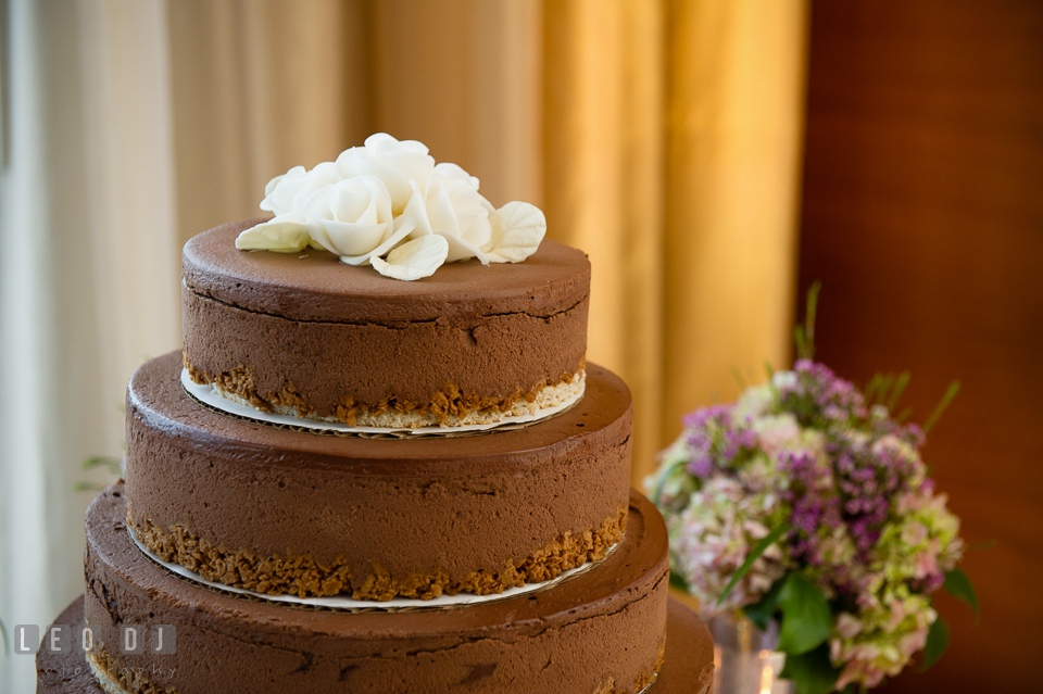Four Seasons Hotel Baltimore wedding cake by Patisserie Poupon photo by Leo Dj Photography