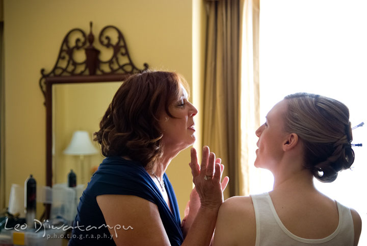 Bride talking to her mother. The Tidewater Inn Wedding, Easton Maryland, getting ready photo coverage of Kelsey and Jonnie by wedding photographers of Leo Dj Photography.