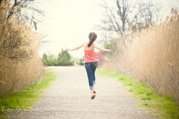 Girl running and jumping. Kent Island Annapolis High School Senior Portrait