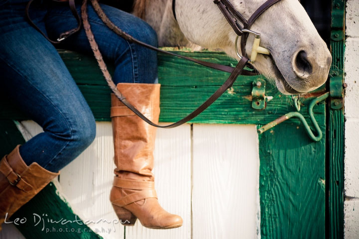 Horse nose and her owner's boots. Annapolis Kent Island Maryland High School Senior Portrait Photography with Horse Pet by photographer Leo Dj