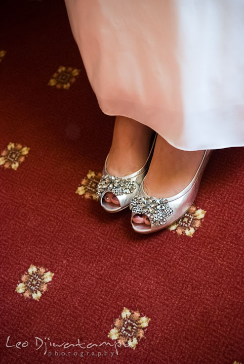 Bride's sparkly silver shoes. Mariott Aspen Wye River Conference Center Wedding photos at Queenstown Eastern Shore Maryland, by photographers of Leo Dj Photography.