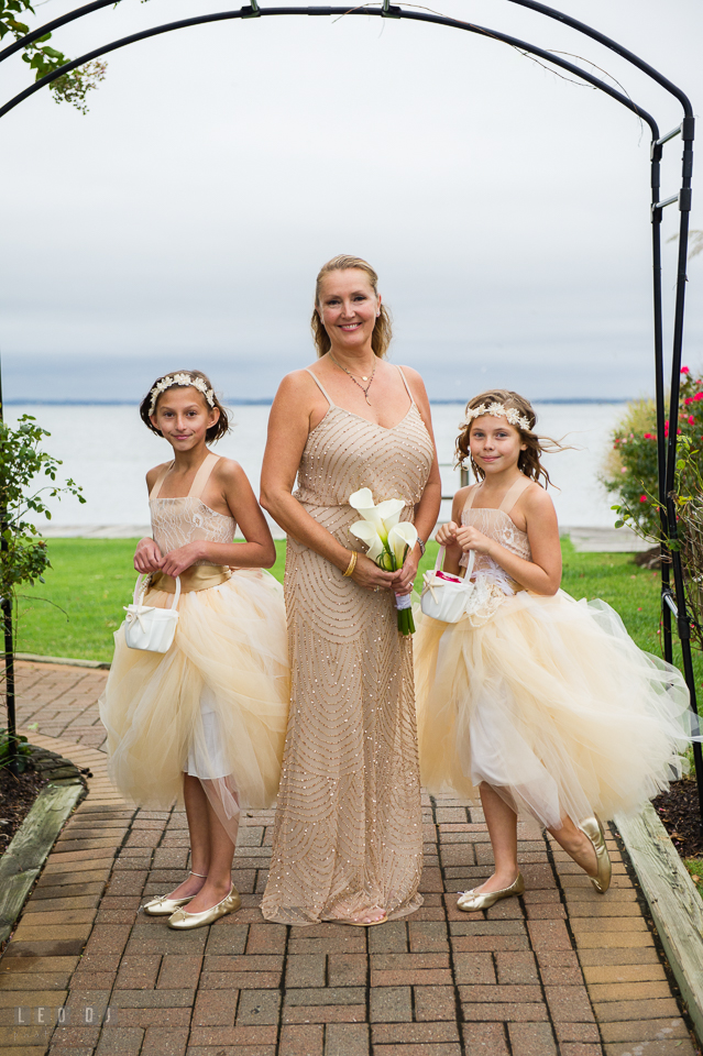 Silver Swan Bayside Bride and flower girls photo by Leo Dj Photography