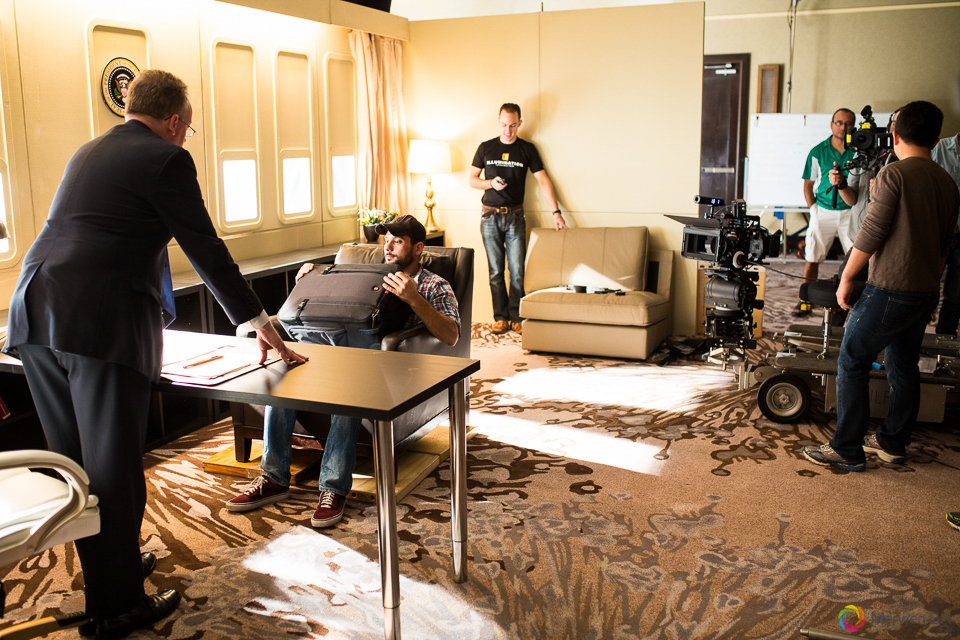 Grip crew moving the camera dolly for the scene in the Air Force One interior from the Swing Vote movie. Review of MZed Illumination Experience, film making and cinematography Workshop with Hollywood Cinematographer Shane Hurlbut by wedding photographer Leo Dj Photography. http://leodjphoto.com